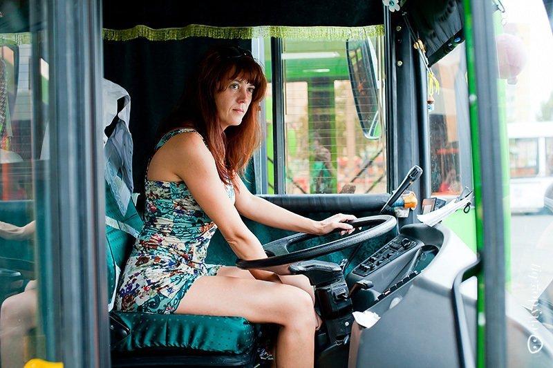 Секс в троллейбусе на мне не было трусиков — img 15