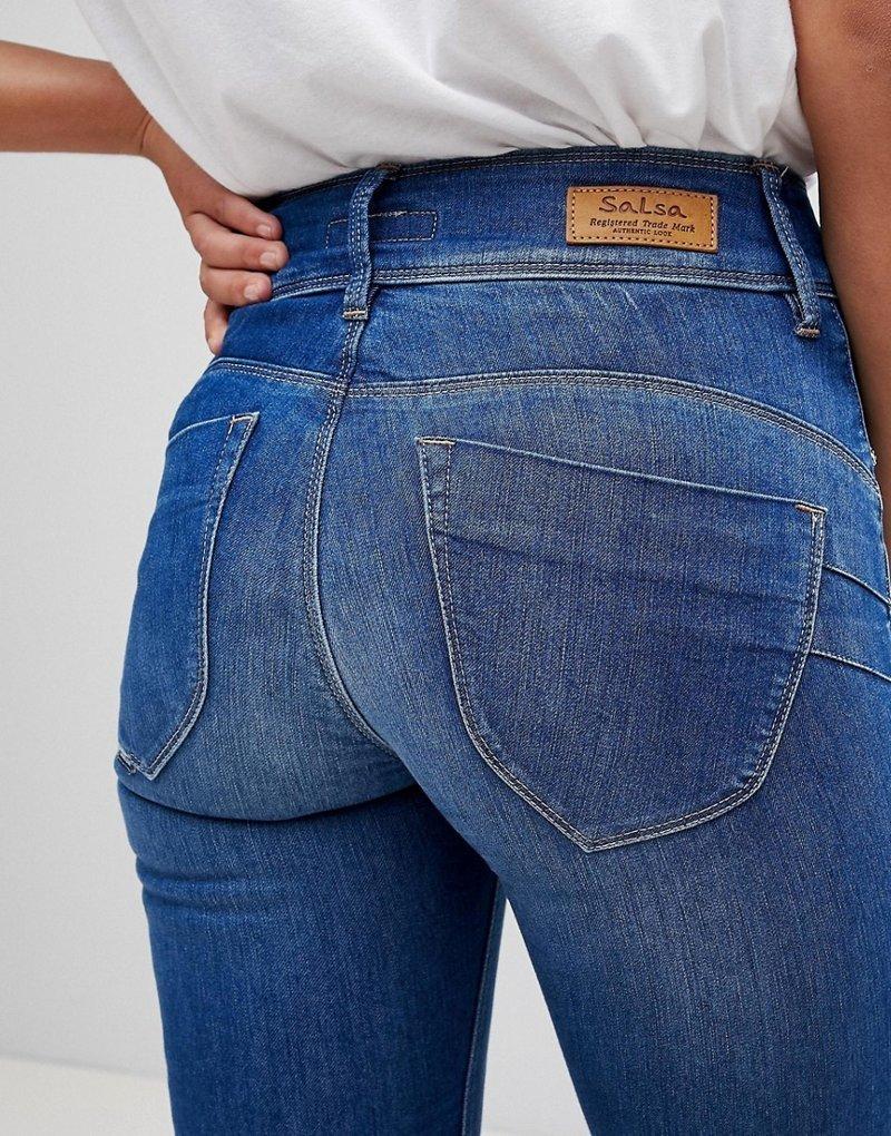 Девушка сняла джинсы — photo 15