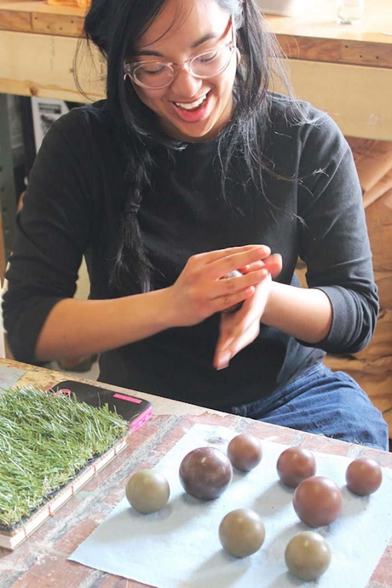 Людям нравится создавать шары дороданго грязь, дороданго, развлечение, шары, япония
