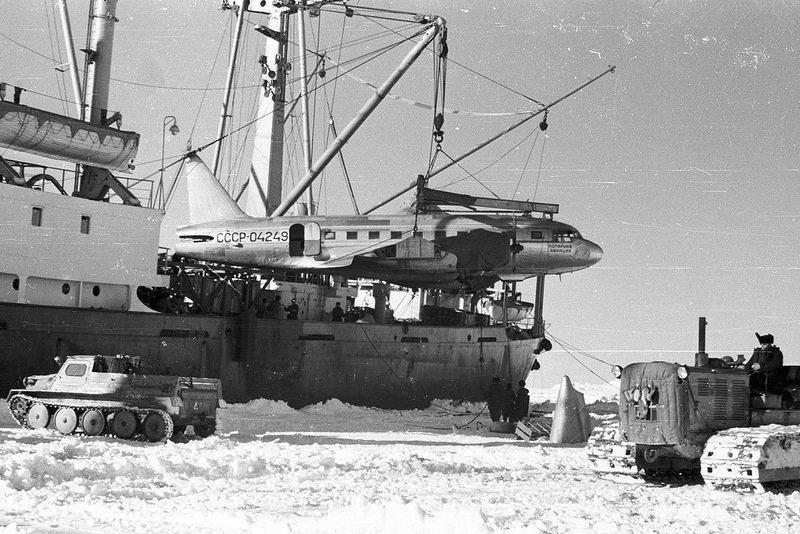 Как советский врач в Антарктиде провёл операцию сам себе Леонид Рогозов, антарктида, день в истории, интересное