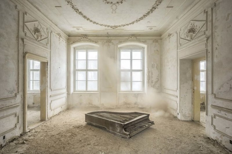 Пианист из Франции Роман Трие фотографирует старые фортепиано в заброшенных местах Пианино, заброшенное здание, красота, рояль, фото, фотограф, фотографии