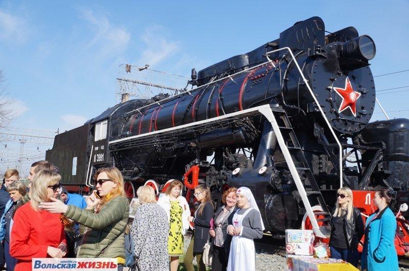 В Вольском районе встретили Поезд Победы. Фоторепортаж Вольск, поезд победы, фоторепортаж