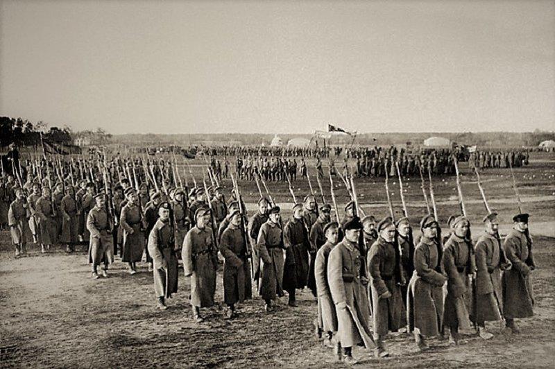 Первый парад Красной армии. «Баранье стадо» или «Несомненная сила»? 1 мая 1918 г., военный парад, день в истории