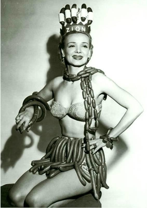 Королева колбас, 1955 год. история, черно-белая фотография, юмор