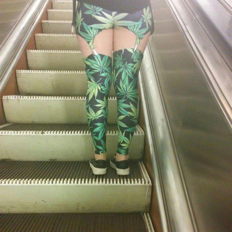 В метро на Невском проспекте СПб, люди, метро, мода, москва, настроение, юмор