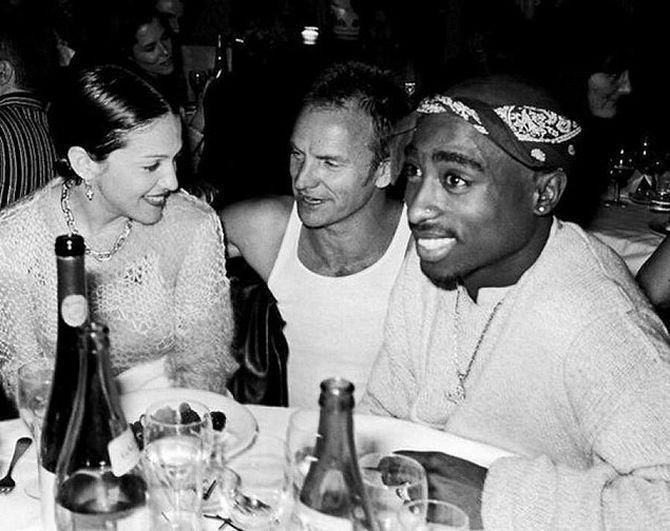 Редкое фото, где Мадонна, Стинг и Тупак Шакур запечатлены вместе звезды, знаменитости, знаменитость, папарацци, селебрити, сенсации, скандал