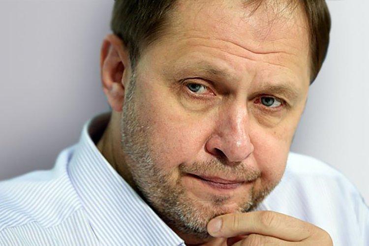 Кирилл Набутов 90-е, звезды, телеведущие