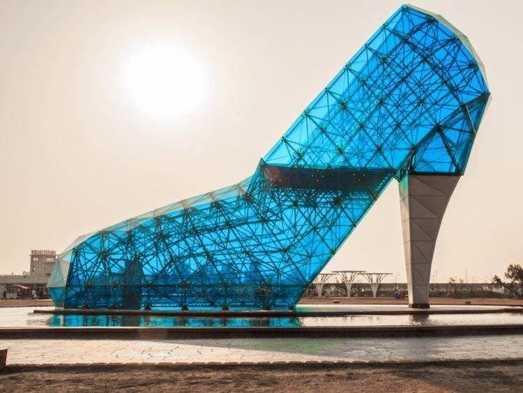 8. Церковь стеклянной туфельки в Тайване. Странные места, авто, города, интересно, музей, путешествие, путешествия