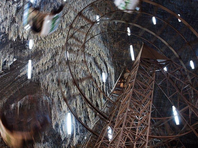 5. Подземный тематический парк в Румынии. Странные места, авто, города, интересно, музей, путешествие, путешествия
