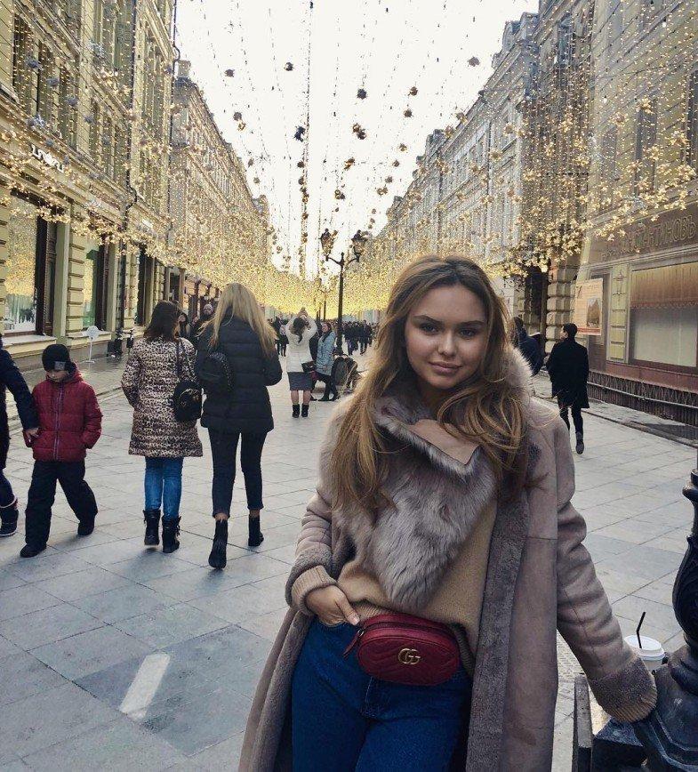 «Как мама и сын»: Стеша Маликова выглядит гораздо старше своего возлюбленного Стеша Маликова, выглядит, мама, старше