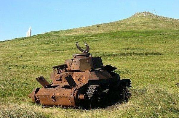 """Японский средний танк """"Чи-Ха"""" на острове Шумшу в наши дни. Курилы НАШ, война, сэппуку, япона мама"""