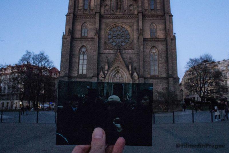 """15. """"Жизнь в розовом цвете"""" (2007 г.) - биографический фильм о французской певице Эдит Пиаф воссоздание, интересно, кадры из фильма, кино, красота, места из фильма, прага, фотопроект"""