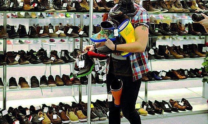 ОСОБЕННОСТИ АМЕРИКАНСКОЙ ЛОГИКИ usa, продавец обуви, факты, юмор