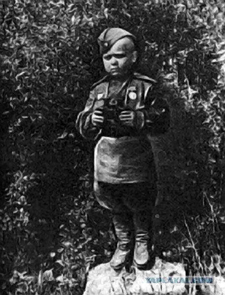 Сын полка Великая Отечественная Война, Сергей Алешков, маленький солдат, молодой солдат, сын полка