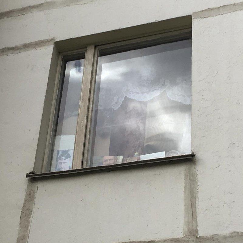 12. Как вам такой оберег? во дворе, дворы, на районе, панельки, спальная россия, спальные районы
