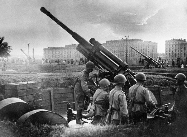 Кто и зачем завышает количество наших потерь в Великой Отечественной войне Великая Отечественная  война, история, погибшие, русские
