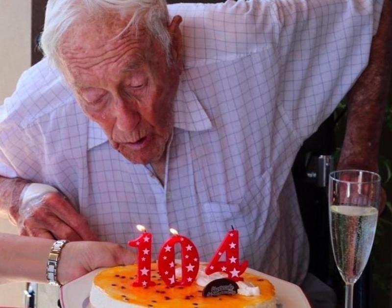 У ботаника Дэвида Гудолла нет смертельной болезни, но он «глубоко сожалеет» о настолько длительной жизни   в мире, жизнь, история, люди, профессор, суицид