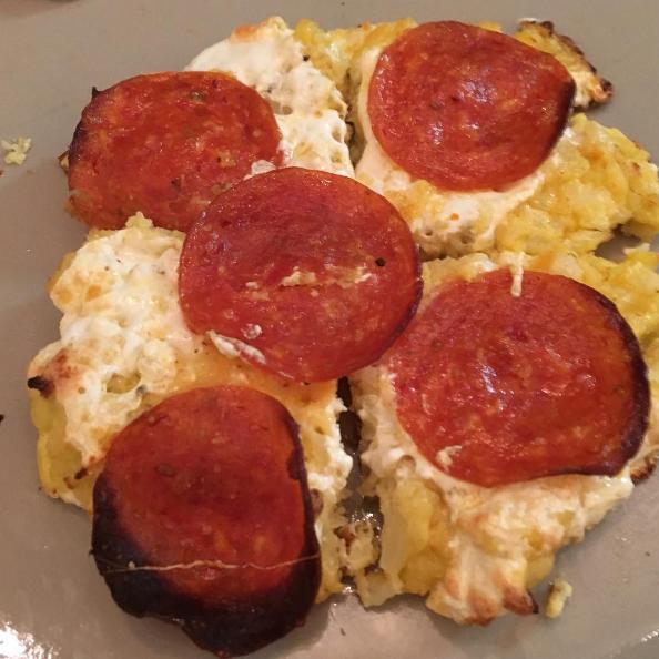 6. Пицца — это сложно. Но только если повар трезв. Если повар пьян — то пицца превращается в самое легкое в мире блюдо готовка, еда, забавно, пища, подборка, пьяные, юмор