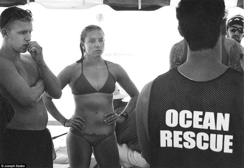 Инструктаж перед началом рабочего дня команда, пляж, пляжные снимки, пляжные фото, пляжный патруль, спасатели, спасатель, фотопроект