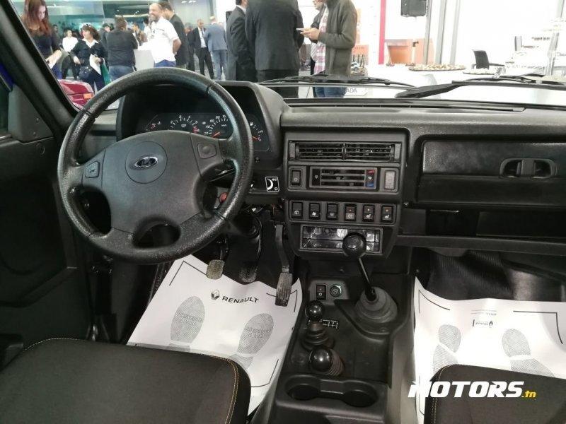 """Подогрев сидений и обогрев зеркал: """"АвтоВАЗ"""" начал продажи Нивы в Тунисе авто, автоваз, ваз, лада, нива, тунис, экспорт"""
