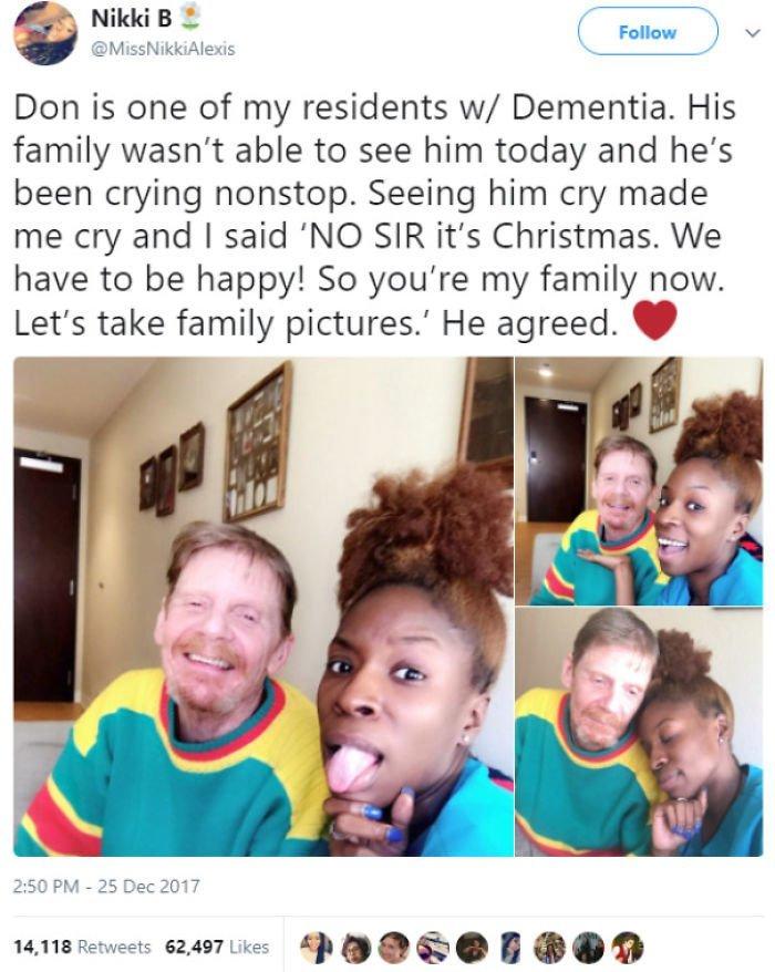 """10. """"Дон - мой пациент, страдающий слабоумием. Сегодня его семья не смогла его навестить, и он целый день плакал. Я сказала ему: """"Эй, сегодня Рождество, и нужно радоваться! Теперь я твоя семья. Давай сфотографируемся. Он согласился"""". Добрые дела, добро, истории, люди, подборка, позитив, трогательно, фото"""