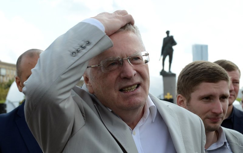 Низкая зарплата депутатов приведет к катастрофе ynews, депутаты, жириновский, зарплата, катастрофа, новости