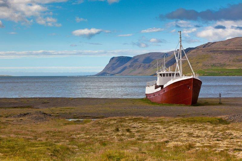 Корабли, которые уже никуда не поплывут (ч.3) брошенные корабли, город, заброшенное, заброшенный корабль, корабль, море, эстетика
