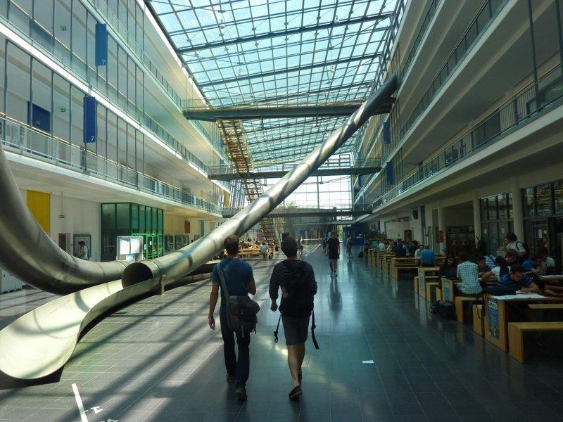 Скоростной спуск студентов интересное, мюнхенский технический университет, скоростной спуск, факты, юмор