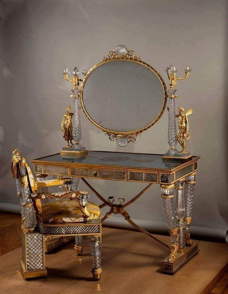 Зеркало - отражение души антиквариат, зеркала, интересное, красота, факты