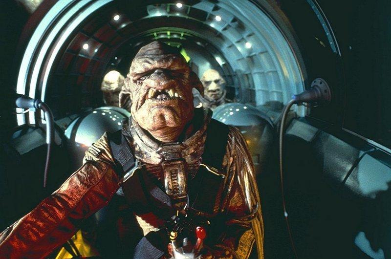Клифтон Ллойд Брайан в «Пятом элементе» (1997) Люк Бессон, Фильмы-шедевры, кинематограф