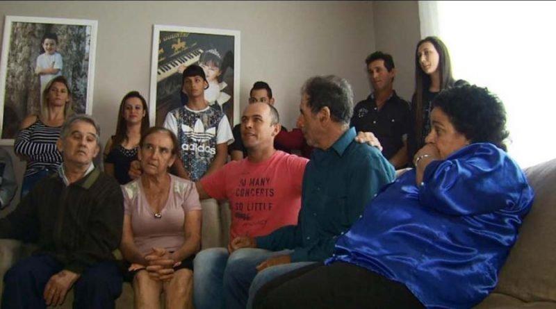 Ромуальдо с небиологическими и биологическими родителями бразилия, в мире, дети, история, люди