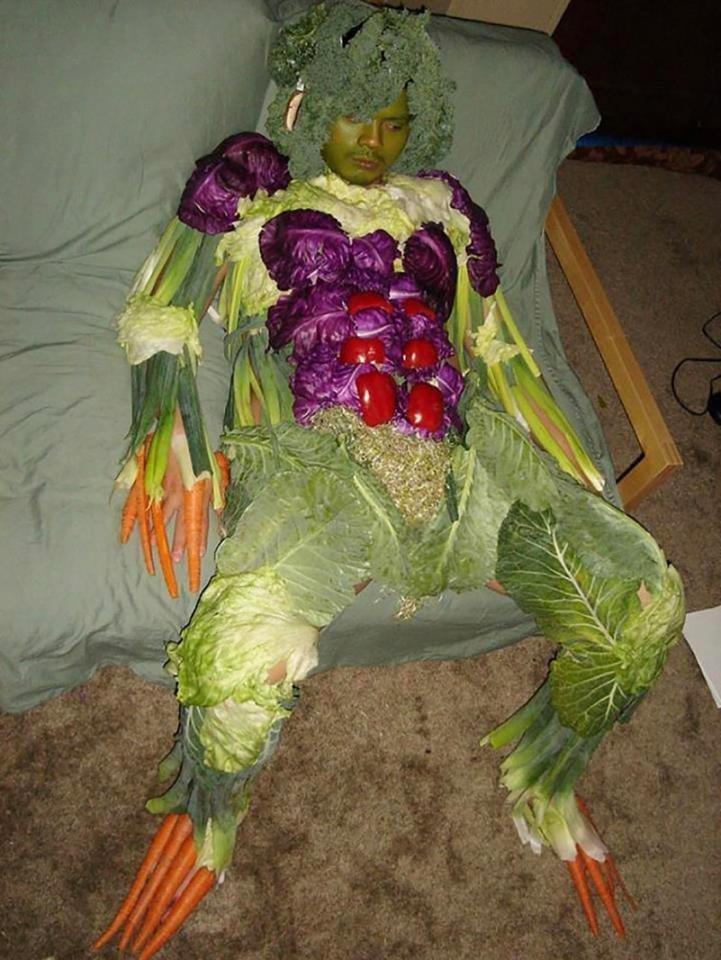 Да, точно овощное! вечеринка, мальчишник, ничего себе, подшутили, подшутили над другом, приколы, холостяк приколы, шутки