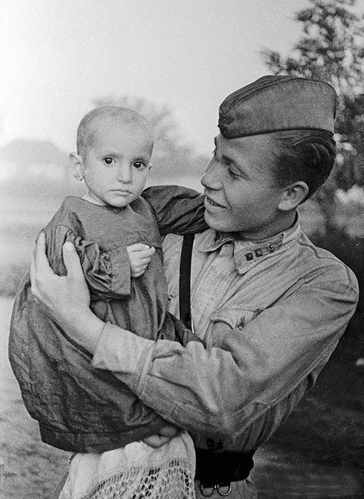 9. Доблестный защитник Велика Отечественная война, история, фотографии