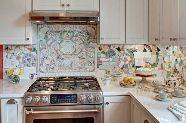 6. А вот необычная идея для кухонного фартука. Такой точно будет в единственном экземпляре вторая жизнь старых вещей, идеи, интересно, на все руки мастер, поделки, своими руками
