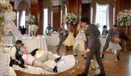 Свадьба без драки - деньги на ветер безобразие, всячина, драка, идиоты, свадьба, юмор