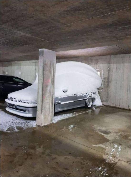Купил место на парковке и тут... Total fail, fail, gif, гифки, не повезло, неудача