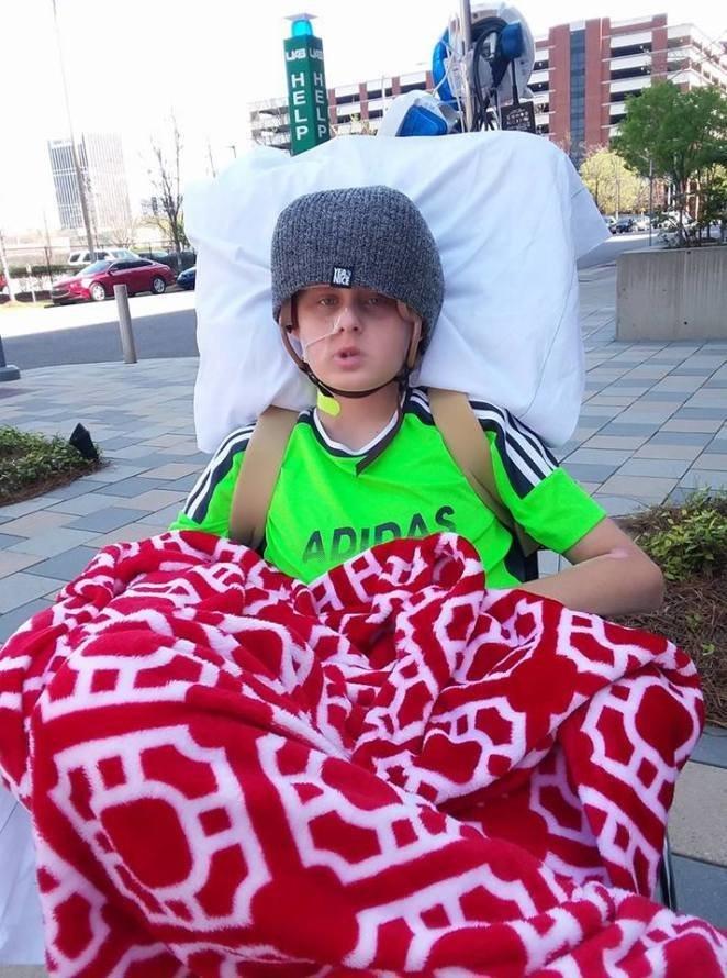 Мальчик вышел из комы, когда врачи уже готовились перекрыть кислород Трентон МакКинли, в мире, история, кома, люди, чудо