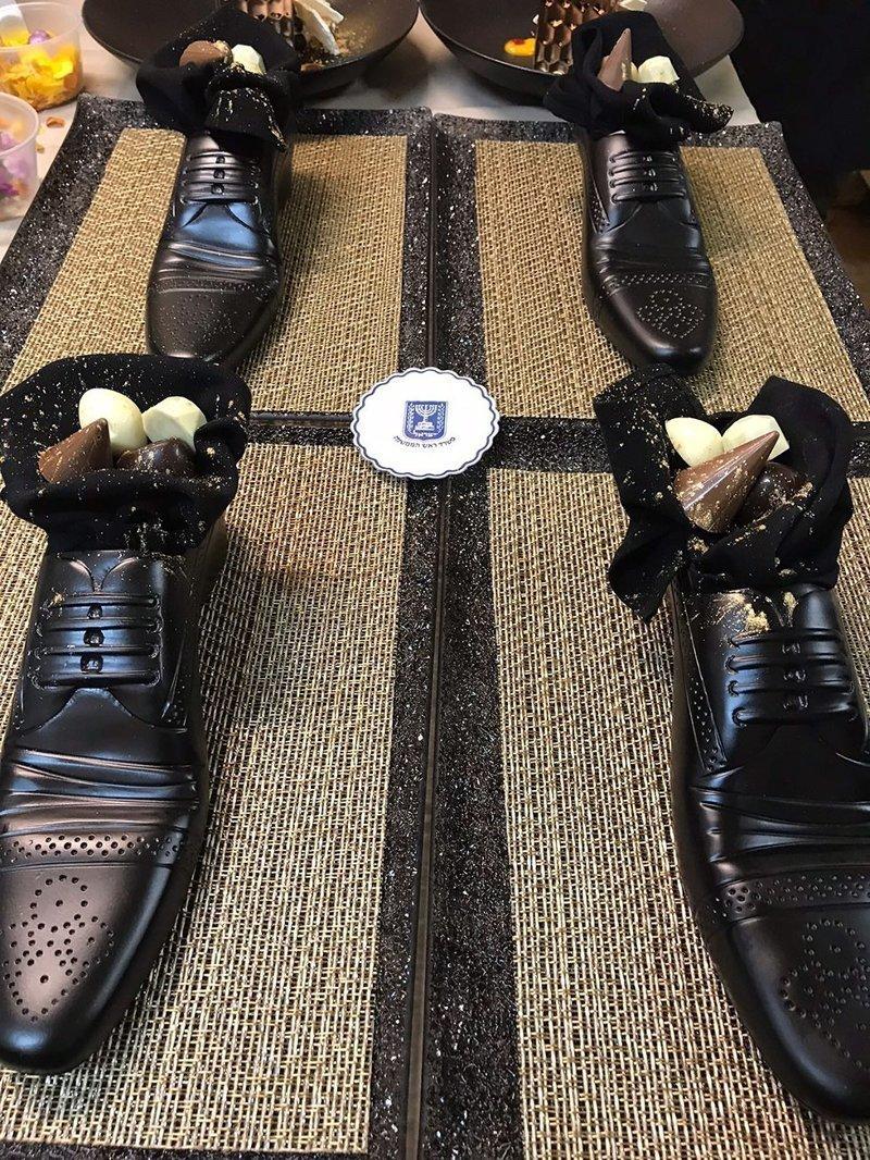 Сел в калошу: израильский шеф-повар подал японцу десерт в виде башмака ynews, Биньямин Нетаниягу, Моше Сегев, Синдзо Абэ, дипломатический ужин