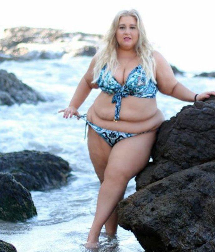 Толстые женщины в бикини — img 6