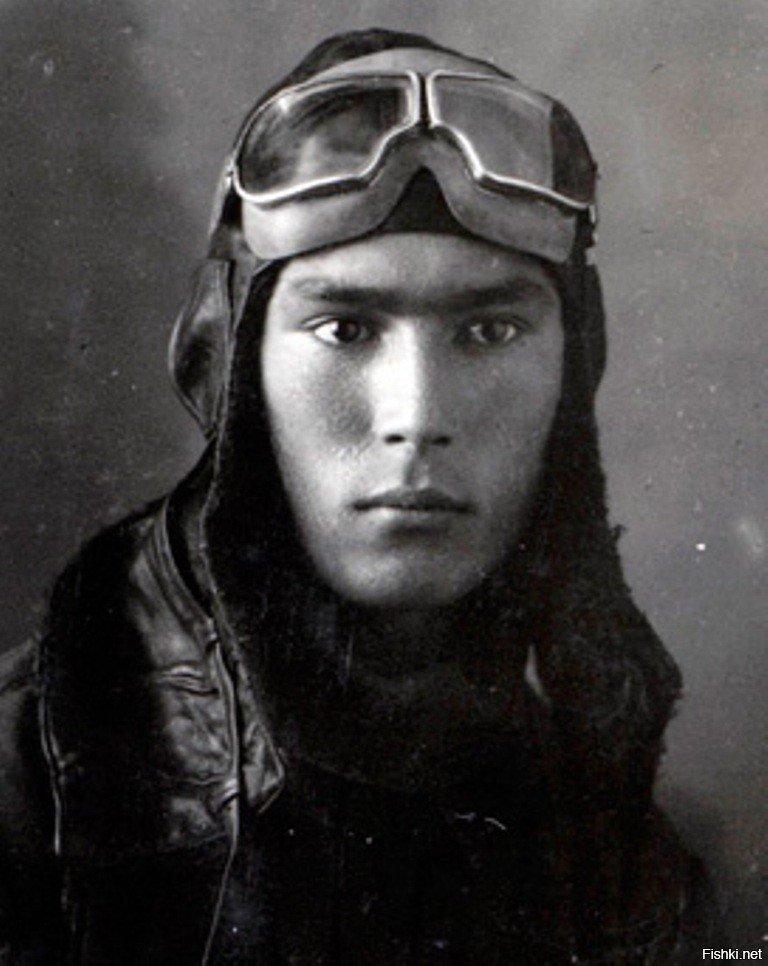 Лётчик Нуркен Абдиров 9 мая, вов, герои Великой Отечественной войны, день победы, чтобы помнили