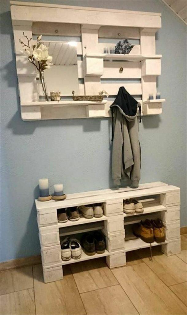 3. Не знаете, какую мебель поставить в маленькой прихожей? Можно сэкономить и сделать удобное пространство для вещей  дизайн дома, идеи для дома, интересно, интерьер, мастер на все руки, полезно, своими руками