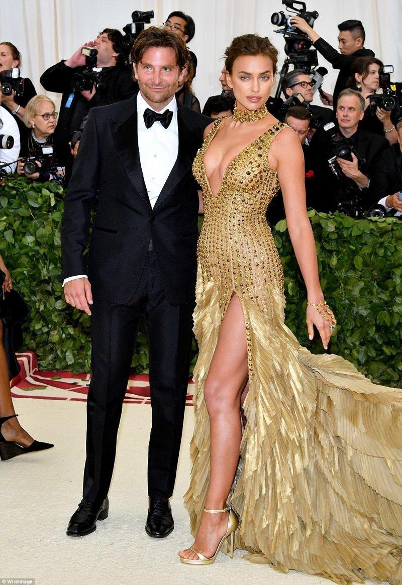 Бредли Купер и Ирина Шейк Met Gala, в мире, звезды, знаменитости, красная дорожка, мода, образы звезд, фото