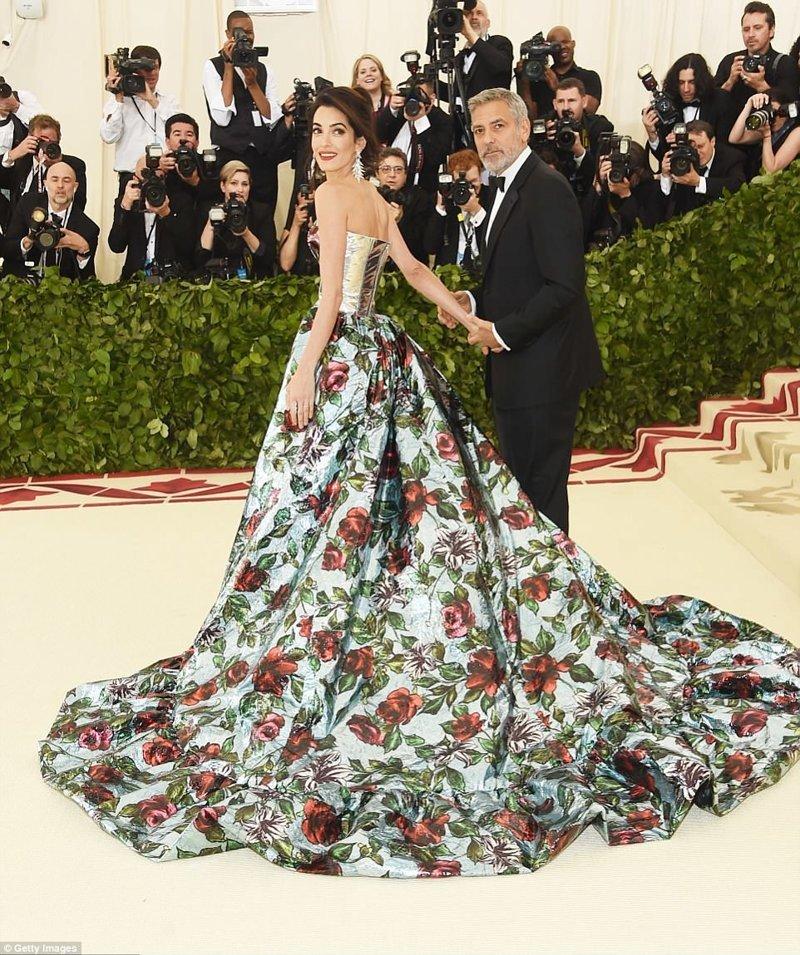 Идеальная пара: Джордж и Амаль Клуни Met Gala, в мире, звезды, знаменитости, красная дорожка, мода, образы звезд, фото