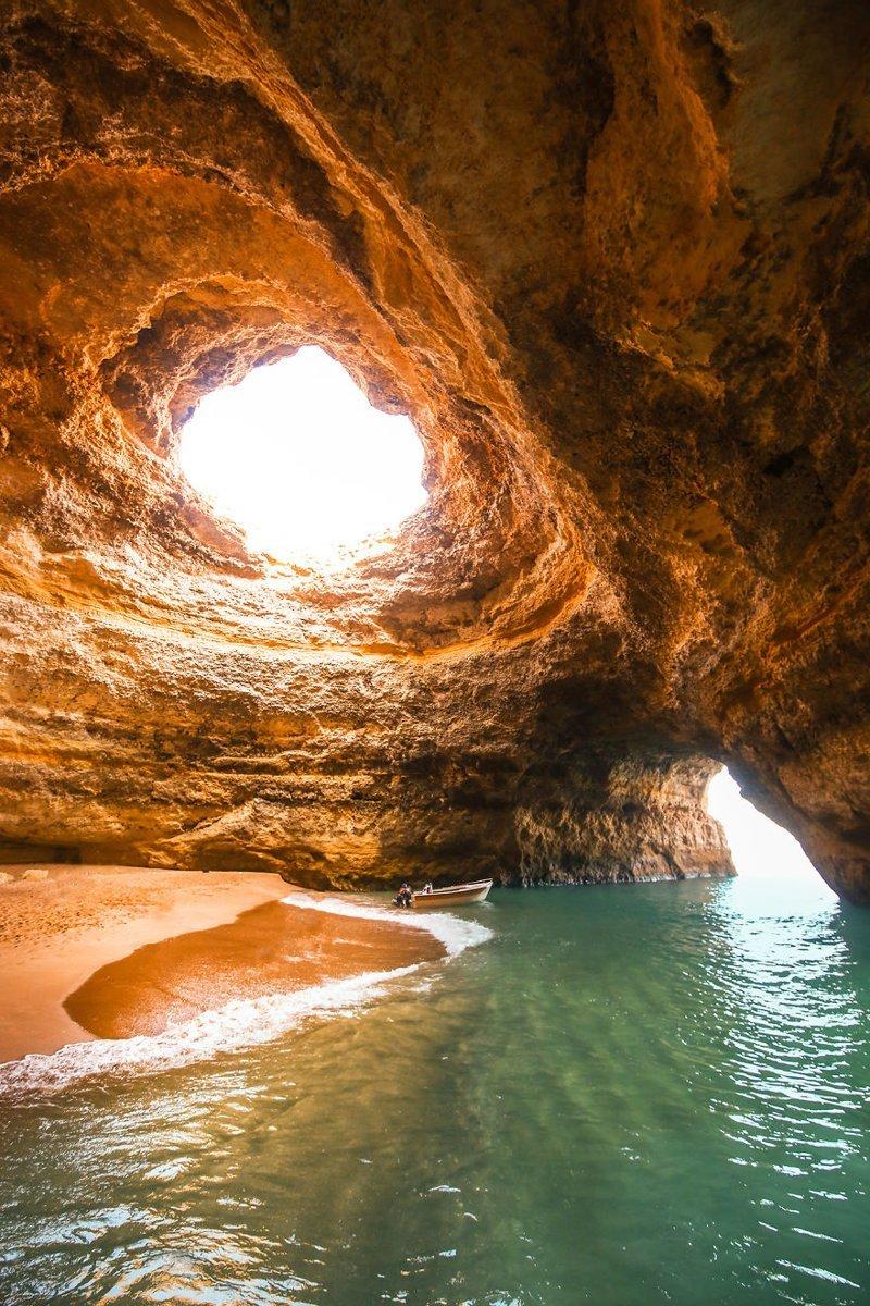 Пещера Бенагил, Португалия Кругосветное путешествие, интересно, мир в кармане, от Земли до Луны, приключения, путешествия, страны и города, увлекательно