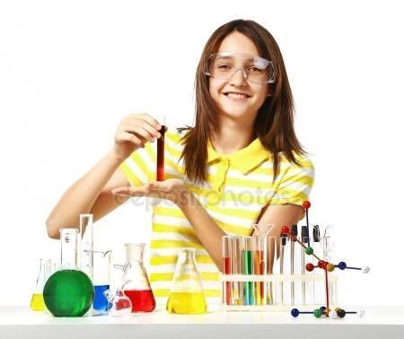 «Как же умиляет, что персонажи на множестве стоковых фото на тему химии не соблюдают технику безопасности от слова СОВСЕМ» кадр, люди, прикол, профессия, снимок, стоковое фото, юмор