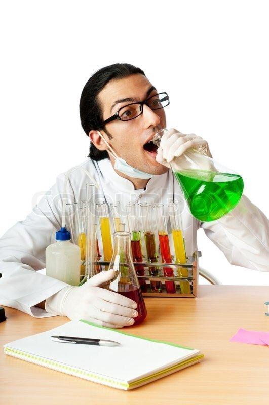«Премию Дарвина этому товарищу-химику!» кадр, люди, прикол, профессия, снимок, стоковое фото, юмор