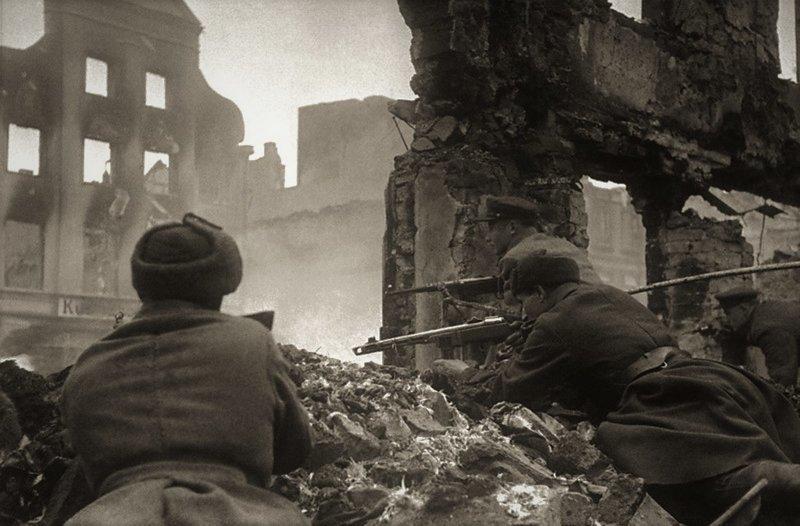 Кто уничтожил Берлин? берлин, вов, история