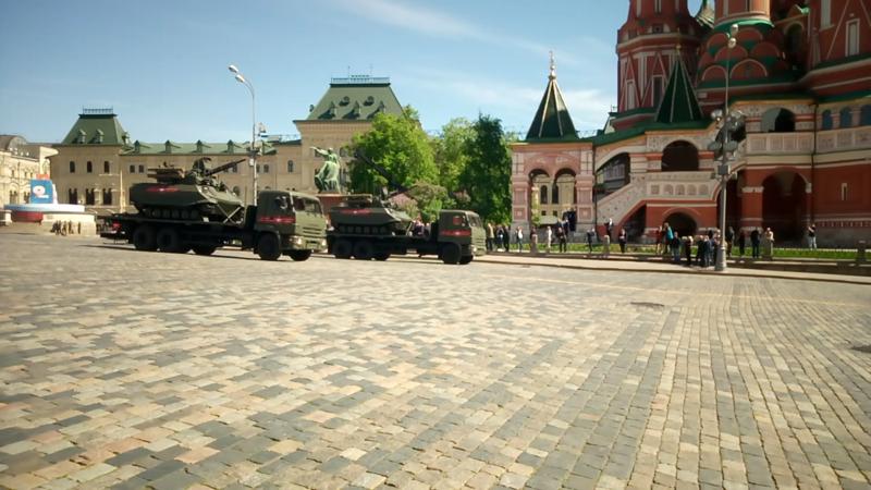 Уран 9 авиация, парад победы, танки, техника