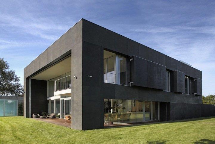 Спасись и сохранись: в Польше построили дом, который за три секунды становится бункером Польша, бункер, в мире, дизайн, дом, крепость