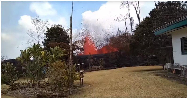 Житель накрытого лавой селения на Гавайях заснял огненный фонтан во дворе своего дома ynews, в мире, видео, вулкан, гавайи, лава, разрушения